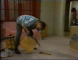 Michael Martin, Julie Robinson in Neighbours Episode 1825