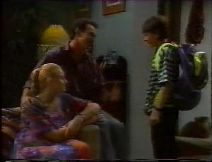 Phoebe Bright, Stephen Gottlieb, Toby Mangel in Neighbours Episode 1825