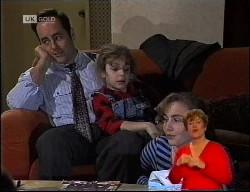 Philip Martin, Hannah Martin, Debbie Martin in Neighbours Episode 1989