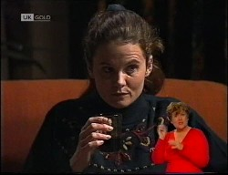 Julie Robinson in Neighbours Episode 1989