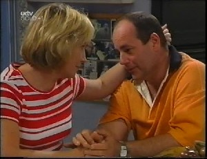 Ruth Wilkinson, Philip Martin in Neighbours Episode 3252