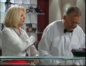 Madge Bishop, Harold Bishop in Neighbours Episode 3252