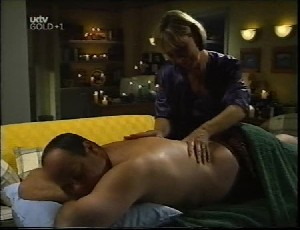 Philip Martin, Ruth Wilkinson in Neighbours Episode 3252
