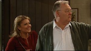 Izzy Hoyland, Harold Bishop in Neighbours Episode 4407