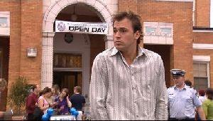 Stuart Parker in Neighbours Episode 4409
