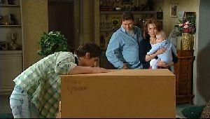 Jack Scully, Joe Scully, Lyn Scully, Oscar Scully in Neighbours Episode 4409