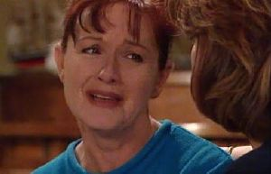 Susan Kennedy, Lyn Scully in Neighbours Episode 4410