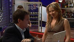 Paul Robinson, Steph Scully in Neighbours Episode 5100