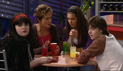 Bree Timmins, Susan Kennedy, Rachel Kinski, Zeke Kinski in Neighbours Episode 5100