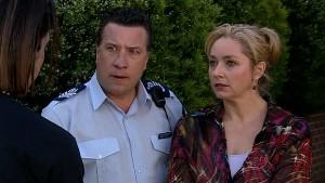 Allan Steiger, Janelle Timmins in Neighbours Episode 5165