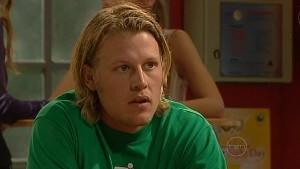Oliver Barnes in Neighbours Episode 5165