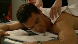 Paul Robinson in Neighbours Episode 5191