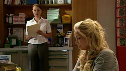 Charlotte Stone, Sky Mangel in Neighbours Episode 5192