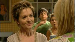Susan Kennedy, Zeke Kinski, Rachel Kinski, Pepper Steiger in Neighbours Episode 5194