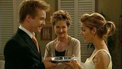 Ringo Brown, Susan Kennedy, Rachel Kinski in Neighbours Episode 5194