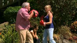 Lou Carpenter, Louise Carpenter (Lolly), Janae Timmins in Neighbours Episode 5195