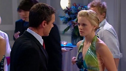 Paul Robinson, Elle Robinson in Neighbours Episode 5197