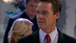 Paul Robinson in Neighbours Episode 5197