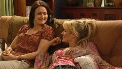 Rosie Cammeniti, Pepper Steiger in Neighbours Episode 5244