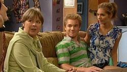 Prue Brown, Ringo Brown, Rachel Kinski in Neighbours Episode 5245