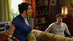 Lucia Cammeniti, Frazer Yeats in Neighbours Episode 5247
