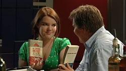 Bree Timmins, Greg Baxter in Neighbours Episode 5250