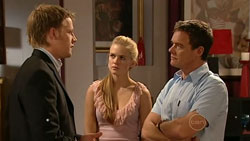 Oliver Barnes, Elle Robinson, Paul Robinson in Neighbours Episode 5251