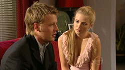 Oliver Barnes, Elle Robinson in Neighbours Episode 5251