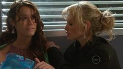 Carmella Cammeniti, Pepper Steiger in Neighbours Episode 5262