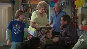 Mickey Gannon, Jake, Valda Sheergold, Lou Carpenter, Toadie Rebecchi in Neighbours Episode 5319