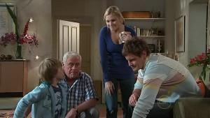 Mickey Gannon, Lou Carpenter, Janae Hoyland, Ned Parker in Neighbours Episode 5321