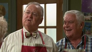 Harold Bishop, Lou Carpenter in Neighbours Episode 5322