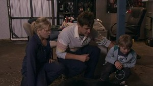 Janae Hoyland, Ned Parker, Mickey Gannon in Neighbours Episode 5322