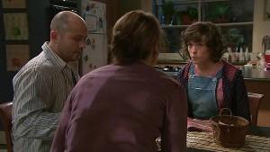 Steve Parker, Miranda Parker, Bridget Parker in Neighbours Episode 5323