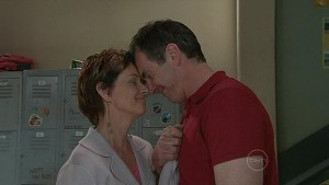 Susan Kennedy, Karl Kennedy in Neighbours Episode 5327