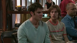 Frazer Yeats, Riley Parker, Steve Parker in Neighbours Episode 5329