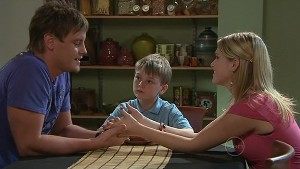 Ned Parker, Mickey Gannon, Janae Timmins in Neighbours Episode 5330
