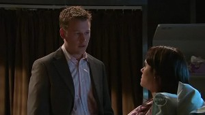 Oliver Barnes, Carmella Cammeniti in Neighbours Episode 5332