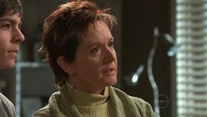 Zeke Kinski, Susan Kennedy in Neighbours Episode 5333
