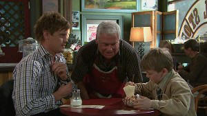 Ned Parker, Lou Carpenter, Mickey Gannon in Neighbours Episode 5338