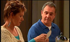 Susan Kennedy, Karl Kennedy in Neighbours Episode 5361