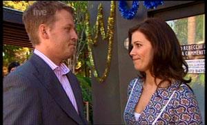 Oliver Barnes, Rebecca Napier in Neighbours Episode 5361