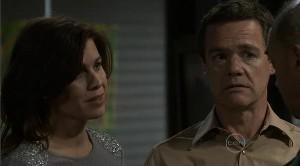 Rebecca Napier, Paul Robinson in Neighbours Episode 5367