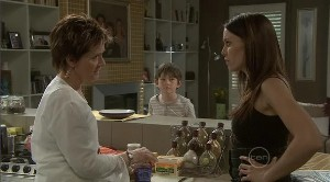 Susan Kennedy, Ben Kirk, Libby Kennedy in Neighbours Episode 5373