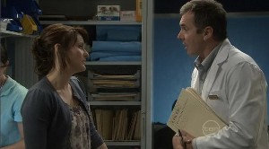 Rosie Cammeniti, Karl Kennedy in Neighbours Episode 5373