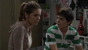 Rachel Kinski, Zeke Kinski in Neighbours Episode 5385