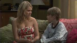 Janae Timmins, Mickey Gannon in Neighbours Episode 5385