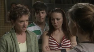 Susan Kennedy, Zeke Kinski, Libby Kennedy, Rachel Kinski in Neighbours Episode 5386