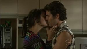 Carmella Cammeniti, Marco Silvani in Neighbours Episode 5402