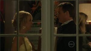 Kirsten Gannon, Paul Robinson in Neighbours Episode 5409